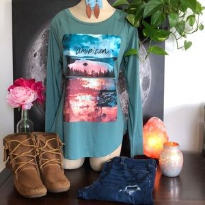 American eagle LS graphic tee